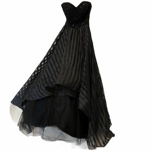 Mac Duggal Sequin Black Ruffle Dress Gown Size 0